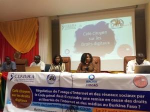 Médias et lutte contre le terrorisme : La régulation de l'usage d'Internet par le code pénal au menu d'un café citoyen